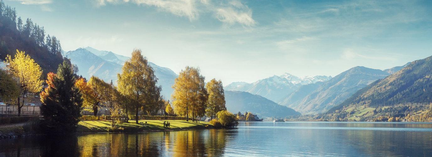 Impressively beautiful Fairy-tale mountain lake in Austrian Alps